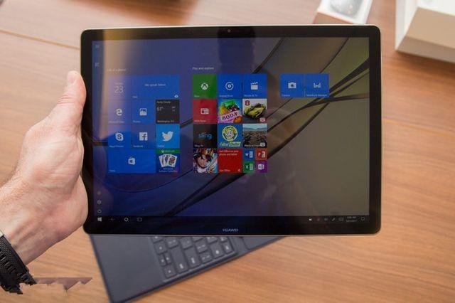 Обзор планшета Huawei MateBook E 2017: первые впечатления